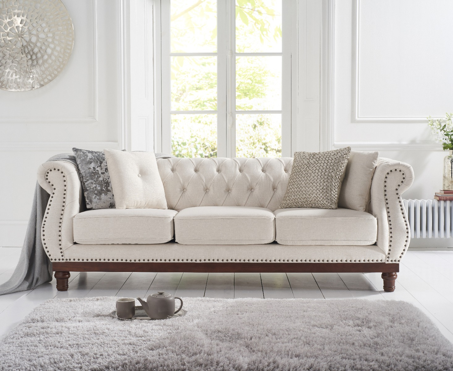 An image of Henbury Chesterfield Ivory Linen 3 Seater Sofa