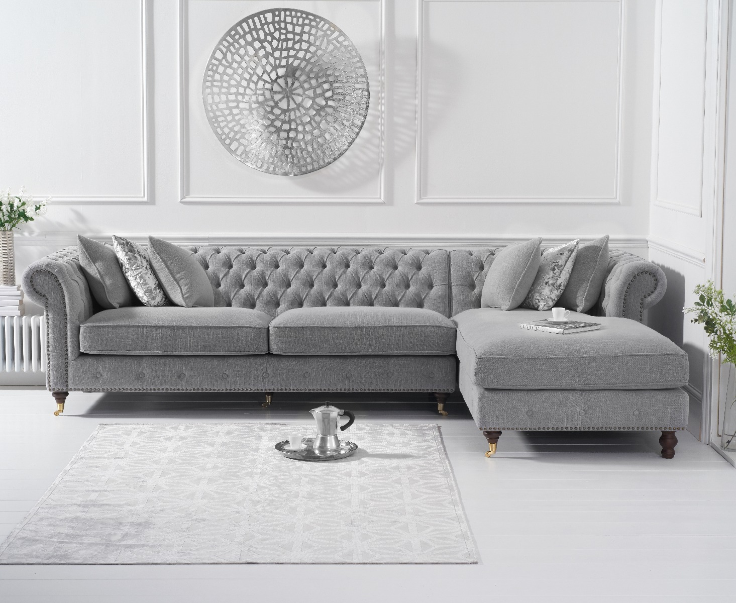 An image of Flora Grey Linen Right Facing Chesterfield Chaise Sofa