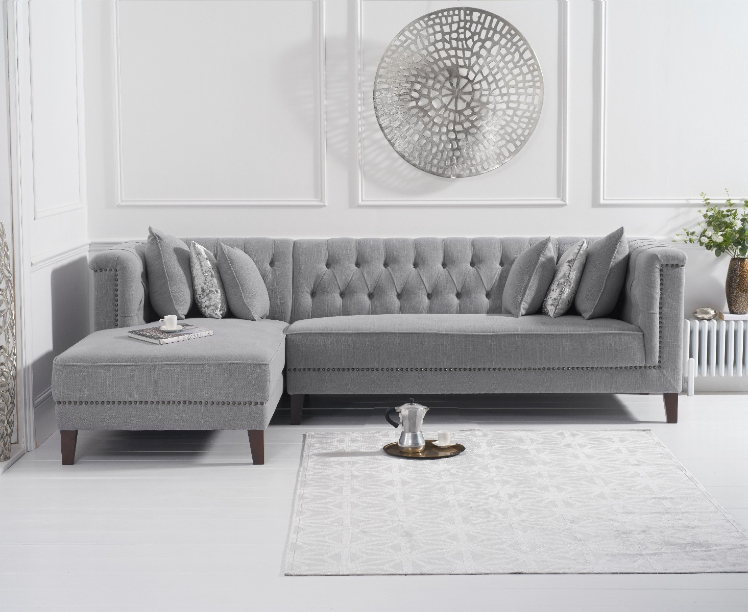 An image of Tammie Grey Linen Left Facing Chaise Sofa
