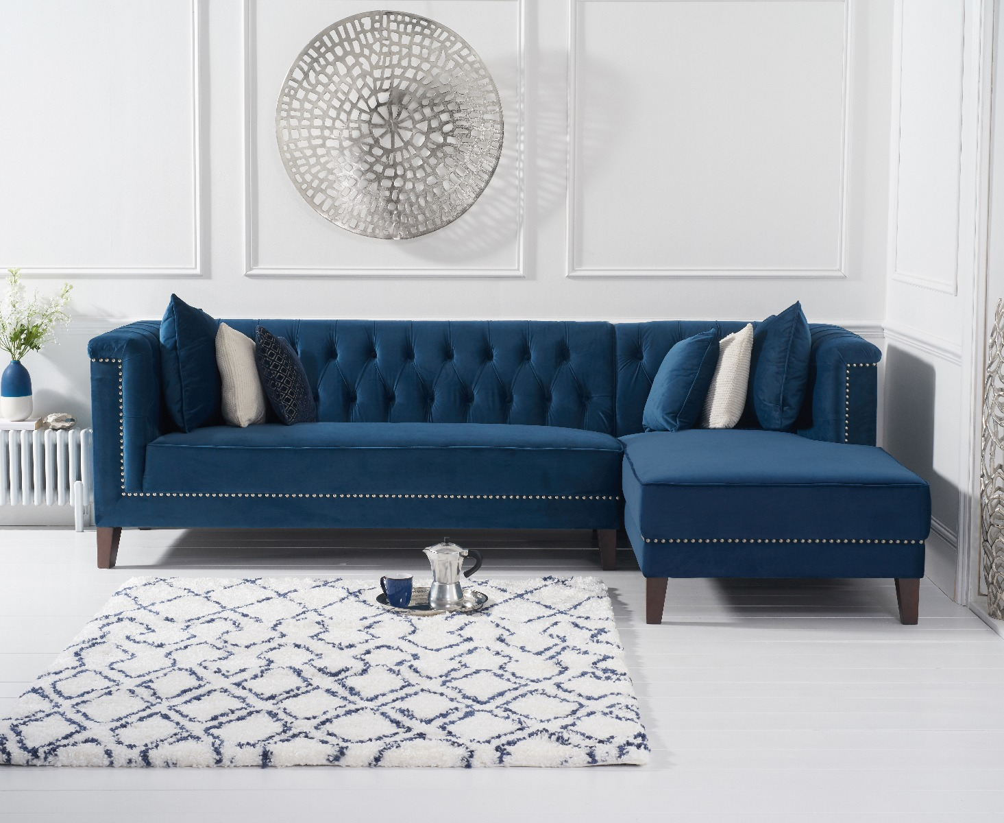 An image of Tammie Blue Velvet Right Facing Chaise Sofa