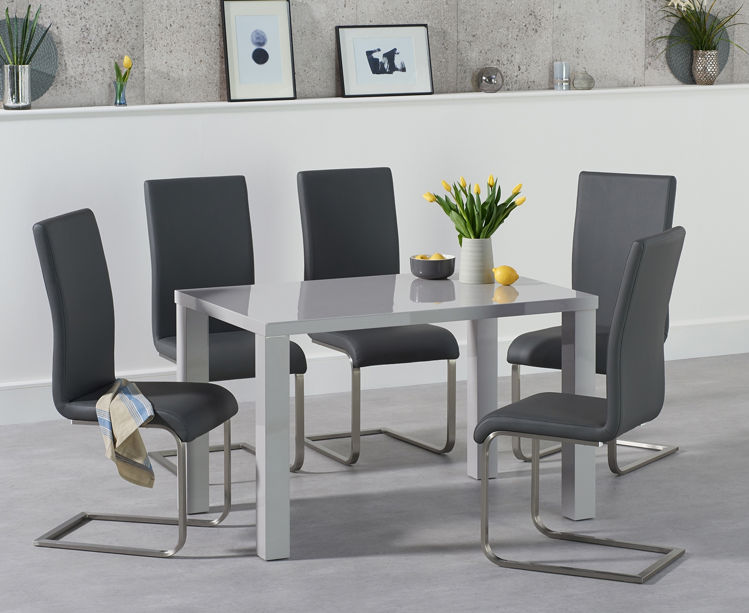 An image of Atlanta 120cm Light Grey Gloss Dining Table with Malaga Chairs