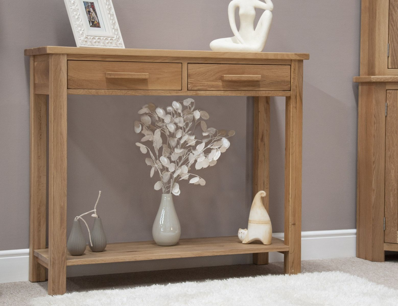 An image of Rohan Hall/Console Table