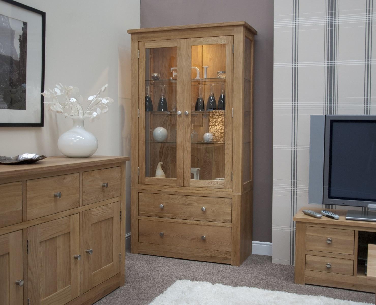 An image of Messina 100cm Oak Glazed Display Cabinet