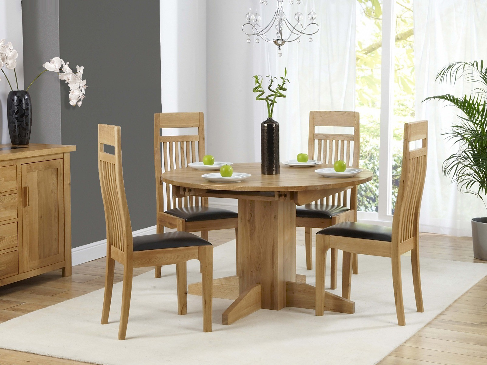 Picture of: Dorchester 120cm Solid Oak Round Extending Dining Table With Monaco Chairs