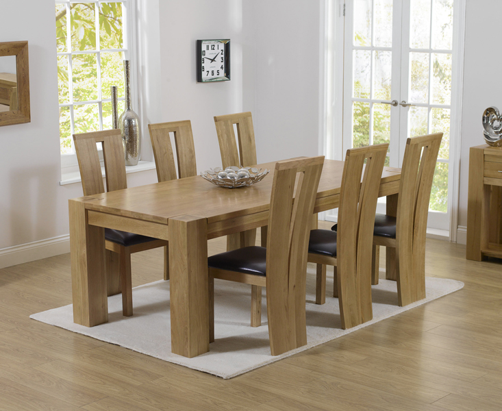 Thames 220cm Oak Dining Table With Montreal Chairs Thames